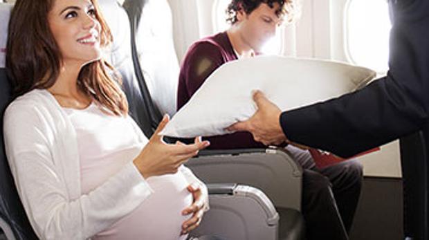 Puedo viajar en avión embarazada