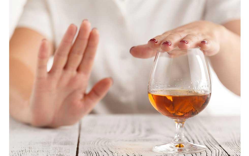 Beber alcohol todos los días eleva riesgo de cáncer