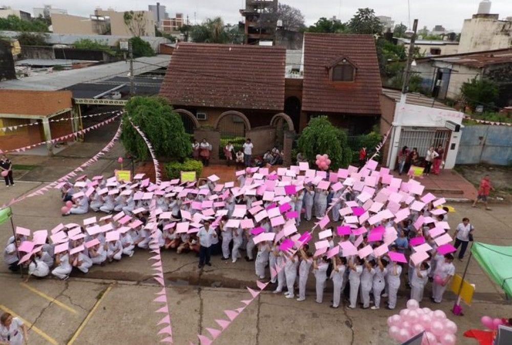 Realizan actividades en el mes de sensibilización sobre el cáncer de mama