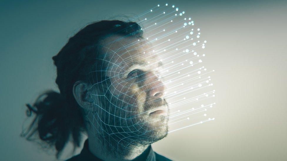 Foto sobre el sesgo algorítmico.