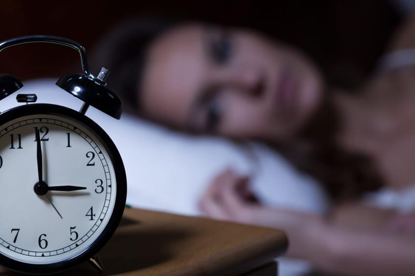 Así afecta al corazón dormir menos de seis horas